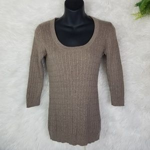Gap Cable Knit 3/4 Sleeve Thin Sweater